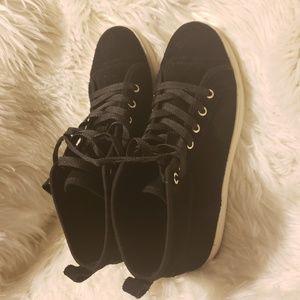 Koolaburra by UGG high top suede kellen sneakers